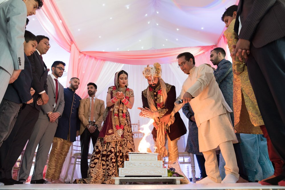 hindu wedding ceremony at alrewas hayes